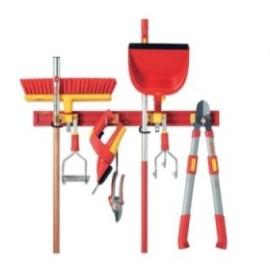 Стенен държач за градински инструменти UM-M